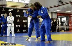 Ouchi gari renraku in sumi gaeshi laterale, judo di Ronda Rousey.