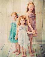 Little girls always admire silks, velvet, taffeta, flowers and satin. They have a special thing for dressing up and embellishing themselves with accessories that match and glitz their apparel. Find huge selections at Efavormart.com