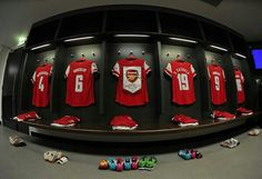 Arsenal change room 2014 F.A Cup Arsenal Fc, Arsenal Football, Changing Room, Soccer Fans, Fa Cup, Dressing Room, Bedroom Ideas, Mad, Change