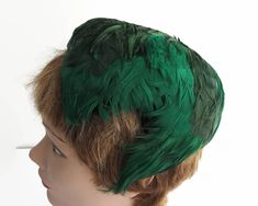 Vintage green feather cocktail hat, hat, different shades of green, fully lined, medium size by CardCurios on Etsy 1950s Hats, Different Shades Of Green, Cocktail Hat, Vintage Hats, Vintage Green, Black Satin, Green Colors, Feather, Swag