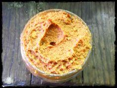 pesto rouge (tomates séchées, noix de cajou, basilic, parmesan, ail... )