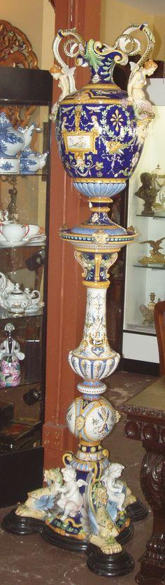 Ginori maiolica urn and pedestal, late 19th C