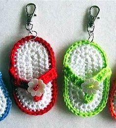 FlipFlop Keychain free crochet pattern 2019 FlipFlop Keychain free crochet pattern The post FlipFlop Keychain free crochet pattern 2019 appeared first on Crochet ideas. Crochet Baby Poncho, Crochet Jacket Pattern, Crochet Keychain Pattern, Fingerless Gloves Crochet Pattern, Crochet Mandala Pattern, Free Crochet, Finger Crochet, Kawaii Crochet, Crochet Patterns For Beginners