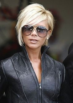 Victoria Beckham – short inverted bob @ StylinDaysStylinDays | best stuff