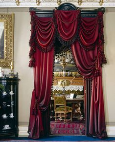 Originally from Victorian style in English houses you can discover large ( for example velvet) curtains hanging from the ceiling to the floor on a windows or on a door as decoration. It deferentially gives a house expensive look. Victorian Interiors, Victorian Furniture, Victorian Decor, Victorian Homes, Victorian Curtains, Victorian Windows, Victorian Window Treatments, Rideaux Design, Hanging Curtains
