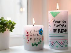Decorating candles - Your own drawing on a candle for Mother& Day! - Decorating candles – Your own drawing on a candle for Mother& Day! Pillar Candles, Candle Jars, Diy For Kids, Crafts For Kids, Diy Candles Easy, Soap Maker, Candle Chandelier, Fall Scents, Love Craft