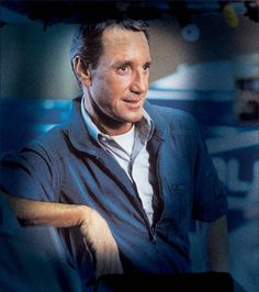 Roy Scheider in Blue Thunder Jaws Movie, Movie Tv, Warren Oates, Roy Scheider, Event Photos, Movie Stars, Tv Shows, Guys