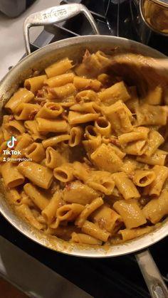 Vegan Dishes, Healthy Pasta Dishes, Creamy Pasta Dishes, Tasty Vegetarian Recipes, Healthy Recipes, Cooking Videos Tasty, Cooking Recipes, Vegan Pasta, Diy Food