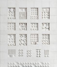 Линнея Рут Брюк Вирккала (1916-1999) — известный финский керамист, шведка по происхождению, была женой выдающегося финского дизайнера Тапио Вирккалы. Она обучалась на отделении графики в хельсинкском институте искусств. Спустя три года после окончания…