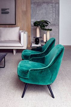 Trendy Home Decored Ideas Living Room Green Velvet Sofa Ideas Design Living Room, Living Room Green, Cozy Living Rooms, Living Room Sofa, Dining Room Chairs, Living Room Furniture, Home Furniture, Living Room Decor, Furniture Design