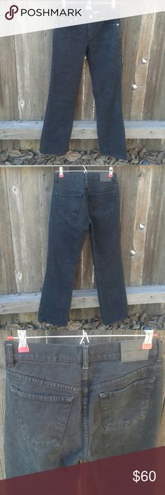 """Vintage Calvin Klein Mid-Rise Straight Leg Jeans Super sexy, kinda """"mom jeans"""" in excellent condition. Inseam is 32"""" & rise is 9"""". 100% cotton. True to size. Tags: Brandy Melville, Urban Outfitters, American Apparel, Free People, Levi's, Lee, Wrangler Calvin Klein Jeans Straight Leg"""