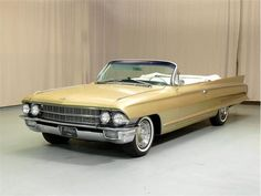 1962 cadillac convertible in white or black
