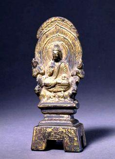 中國北京故宮博物館藏 (北魏太和) 17 (493) (高) 11.8cm 銅鎏金釋迦佛造像