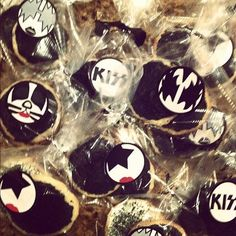 Grandson Ami's birthday cookies...   KISS