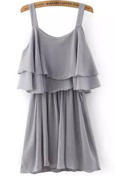 Vestido plisado volante con tirante-gris