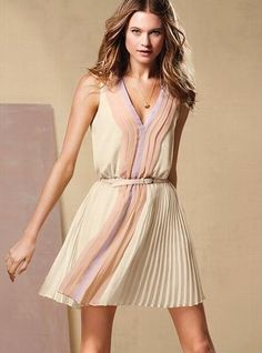 love this dress for my busy wedding season :)