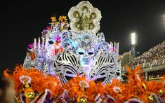 10 fev 2013, Sambódromo do Rio de Janeiro - Carro Baile das Máscaras, do Salgueiro.