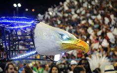 Portela: assim como em 2014, Portela voltou a usar drone em formato de águia no desfile