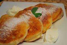 Placuszki jogurtowe z serem typu włoskiego | TANIE GOTOWANIE