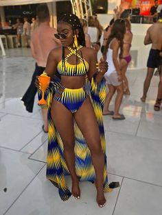 Swimsuits For Women 2019 : Maillot de bain bikini trois pièces Euro Color Block Bikini Modells, Summer Outfits, Cute Outfits, One Piece Swimwear, Beautiful Black Women, African Fashion, African Style, Fashion Brand, Fashion 2017