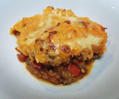 Read our delicious recipe for Healthy Sweet Potato Shepherd's Pie, a recipe from The Healthy Mummy, which is a safe and yummy way to lose weight. Best Shepherds Pie Recipe, Shepherds Pie Recipe Pioneer Woman, Healthy Mummy Recipes, Healthy Snacks, Easy Recipes, Healthy Eating, Slimming Recipes, Healthy Cooking, Mince Recipes