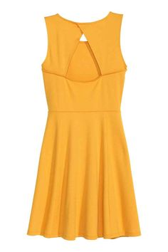 Sleeveless dress: Short, sleeveless dress in sturdy jersey with a wrapover back with a decorative opening and a seam at the waist with a gently flared skirt. Yellow Dress, Flare Skirt, Summer Dresses, My Style, Skirts, Fashion, Flared Skirt, Dress, Dress Ideas