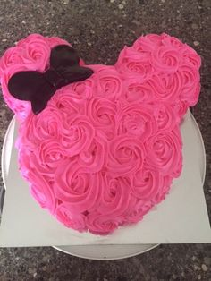 Minnie Mouse Rosette Cake