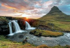 The Snæfellsnes peninsula is located in the west of Iceland and on this tour you will be taken around the whole peninsula. Snæfellsnes has golden and pink beaches, amazing gorges, waterfalls, small towns and the Snæfellsjökull glacier, so this tour has a lot of sightseeing opportunities. The Snæfell