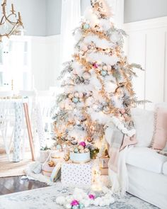 """39.3k Likes, 306 Comments - HomeGoods (@homegoods) on Instagram: """"Lucy from @mscraftberrybush brings a whole new meaning to 'White Christmas' with shades of soft…"""""""