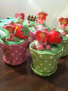 Strawberry Decoration Strawberry Shortcake Party, Strawberry Patch, Strawberry Decorations, Strawberries, Watermelon, Birthday Parties, Party Ideas, Desserts, Crafts