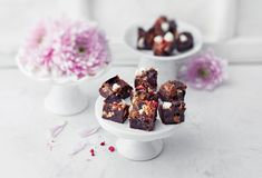 Rocky Road, Something Sweet, Panna Cotta, Sweets, Baking, Breakfast, Ethnic Recipes, Food, Morning Coffee