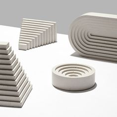 The shapes of ancient Greek and Mayan architecture are evoked by these concrete tabletop accessories by London designer Klemens Schillinger. Concrete Casting, Concrete Art, Concrete Design, Concrete Molds, Ancient Greek Architecture, Sculptures Céramiques, Tabletop Accessories, 3d Prints, Shape And Form