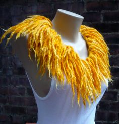SALE Fringe Festival Yellow Felted Wool Collar by MaximumJulia Lion King Play, Lion King Jr, Lion King Broadway, Lion King Musical, Seussical Costumes, Diy Costumes, Costume Ideas, Halloween Costumes, Faux Fur Stole