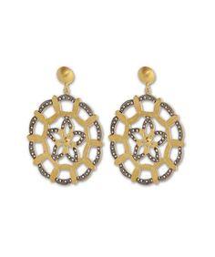 Handmade Contemporary Earring Price : 4,500.00  http://silvercentrre.com/ProDetail.aspx?ProCode=SCW%201