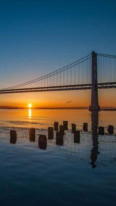 Remebering the Bay Bridge @ Sunrise, San Francisco What A Beautiful World, Beautiful Places, Places To Travel, Places To See, Places Around The World, Around The Worlds, San Francisco, San Diego, Beautiful Sunrise