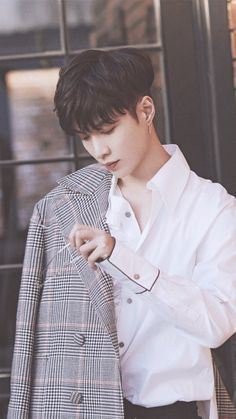 Yixing Urgh he's not even like part of EXO so idk what to feel about him but he's so beautiful