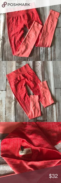 Ombré leggings! Brand new, coral ombré leggings. These are way cute and comfortable too! Size small, and they hit at the ankle. They were featured on the Today show! Pants Leggings