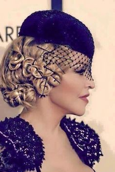 News / Madonna devrait se produire sur le plateau du Grand Journal (Canal +) le 2 Mars prochain dans le cadre de la promotion de #RebelHeart Une interview exclusive devrait être diffusée sur TF1 le 1 mars !