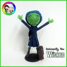 Degreenify You - Wicked the Musical FaBi DaBi Peg Doll Toe Pics, Clothespin Dolls, Minions, Musicals, Wicked, Theatre, Opera, Handmade, Ballet