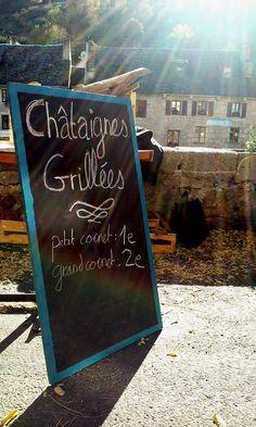 Affachades ( châtaignes grillées ) sur le quai du village - Association Épi de mains