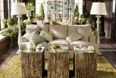 The next time someone cuts down a large tree, I want the sections of it for a coffee table set like this.