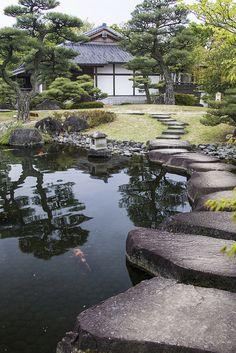 Giardini Koko-en - Himeji Informations About Giardini Koko-en - . Garden Arbor, Garden Paths, Garden Landscaping, Japanese Garden Landscape, Japanese Garden Design, Japanese Gardens, Japanese Park, Japanese House, Beautiful Landscapes