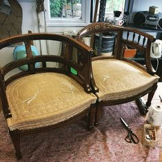 Screen Shot at Antique Chairs, Antique Furniture, Furniture Reupholstery, Chippendale Chairs, Upholstery Fabric For Chairs, French Chairs, Diy Chair, Cool Chairs, Bed Design