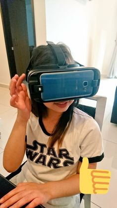Kotoko trying out our new Samsung Gear VR!!!