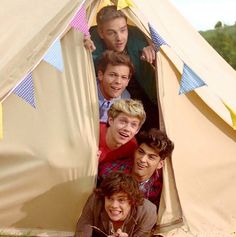 LWWY- im lovin zayns' and louis' faces