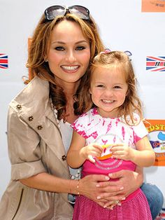 giada de laurentiis with her little girl. so precious!!