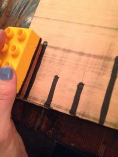 DIY Growth Ruler {Tips on what to do, and what not to do} - Simple on Purpose Wood Projects, Woodworking Projects, Woodworking School, House Projects, Growth Chart Ruler, Growth Charts, Kids Wood, Baby Crafts, Diy For Kids