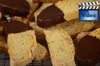 Biscotti Recipes & Videos includes: Almond,Cappuccino,Chocolate Pistachio,Gingerbread, Chocolate w/Cranberries, Chocolate Almond, & Chocolate Hazelnut