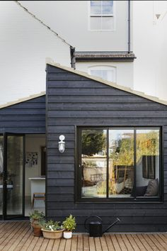 A Beautifully Renovated English Terrace House - Exterior Design House Extension Design, Extension Designs, Living Room Extension Ideas, Brick Extension, House Extension Plans, Cottage Extension, Rear Extension, Wood Cladding, Exterior Cladding