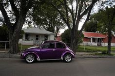 Purple VW Beetle; colour is so nice :O